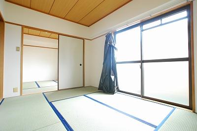 エメラルドマンション和室.jpg