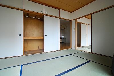 エメラルドマンション室内.jpg