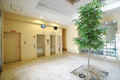 キャピトル幸町1Kエレベーター.jpg
