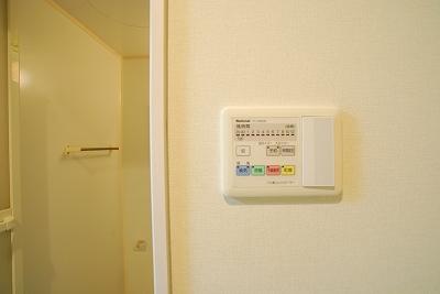 グランディール日本橋浴室乾燥機.jpg