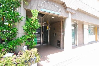 グランファミーユ桜川エントランス.jpg