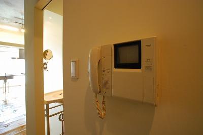 スタジオアパートメントWK-モニターホン.jpg