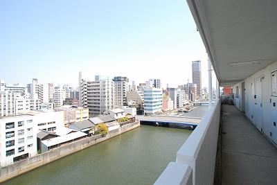 ストークマンション桜川廊下.jpg