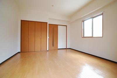 タウンコート幸町寝室.jpg