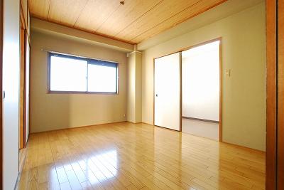 チェリーズコート桜川401洋室.jpg