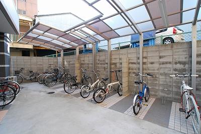 ドゥエリング桜川駐輪.jpg
