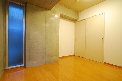 ドーマシマノウチ室内.jpg