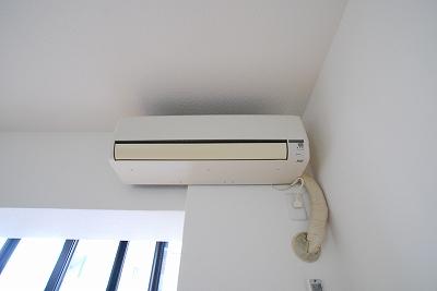 パインブルックマンション305エアコン.jpg