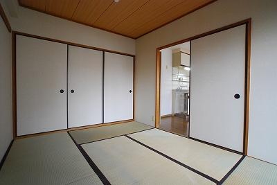 パインブルックマンション305和室.jpg