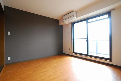 パークサイド難波寝室.jpg