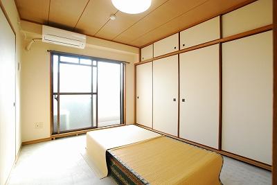 ビジタル恵美須8和室.jpg