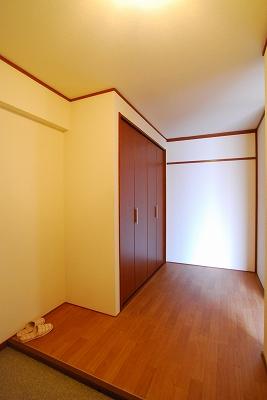 ビルディング77玄関.jpg