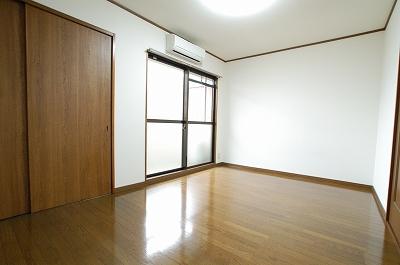 ラプルミエール寝室.jpg