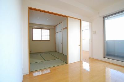 ラ・ヴィータ日本橋和室.jpg