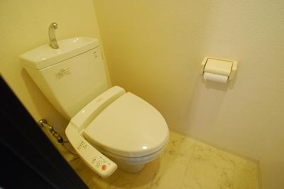 リップルグローナンバ801トイレ.jpg