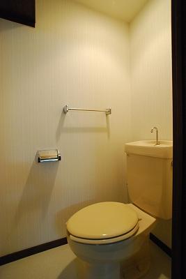 ローズコートトイレ.jpg