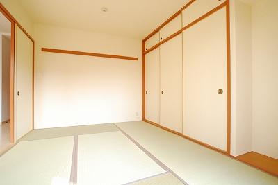 南海ハイライズフラット天下茶屋201-和室.jpg