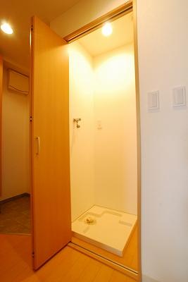 日本橋コゥジィアパートメント室内洗濯.jpg