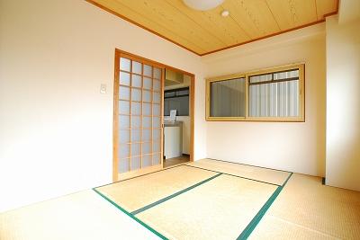 明大八坂マンション和室.jpg
