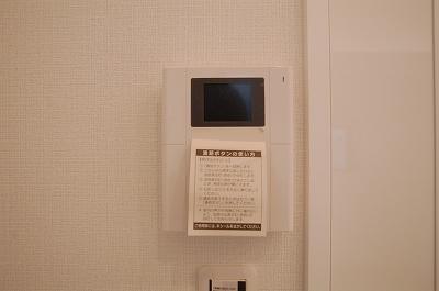 難波中3丁目新築TVモニター.jpg