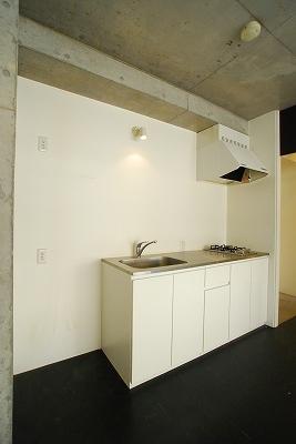 Casa Y Nanbaキッチン.jpg